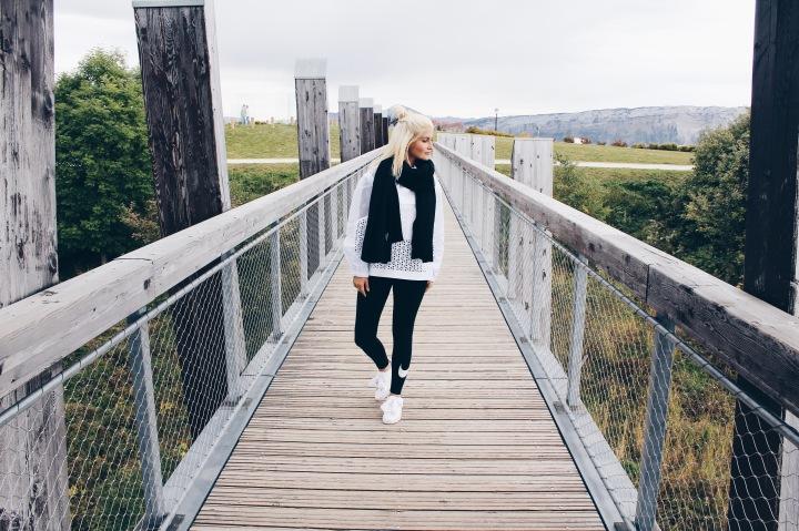 dresscode-audrey-look-sportwear.jpg